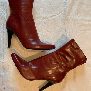 Nine West cranberry red leather ankle boots